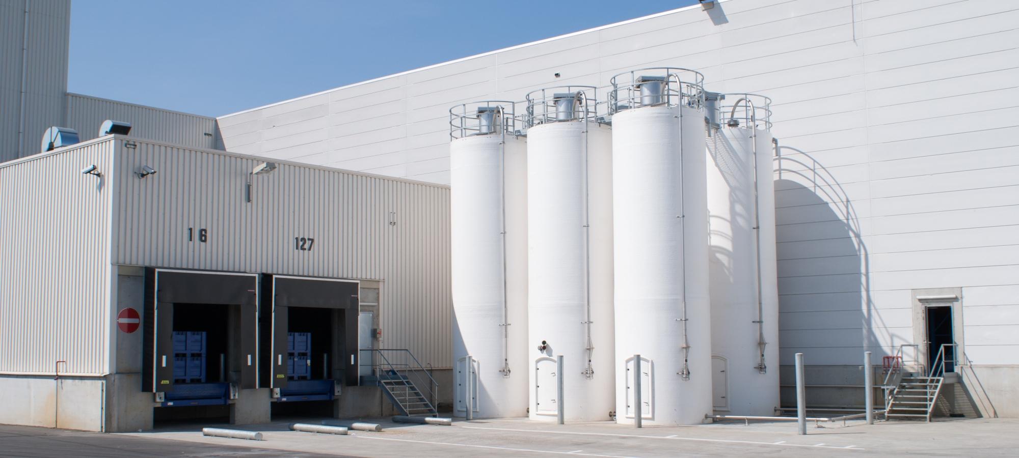 Polyester silo's